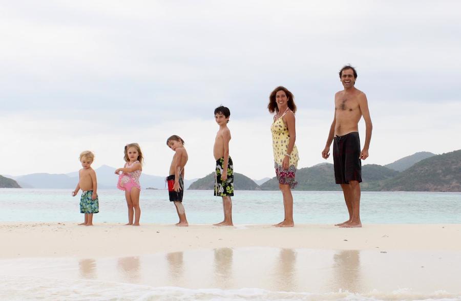 Atrapa tu sueño: Una familia argentina lleva 14 años viajando por el mundo